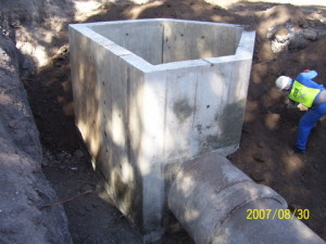 09 - Inverted Sewer Siphon - Typical Junction Box