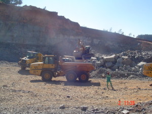 07 - DR08022 - On Site Hard Rock Quarry