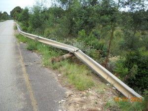 09 - Kouga-Koukamma - Guardrail Repair (Before)