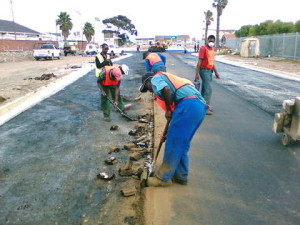 19 - Upgrading of Perl Road - Hand Work at the Asphalt Joint